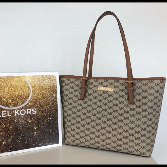 fa4501067a3613 Michael Kors Bags | New 328 Jet Set Handbag Purse Mk Bag | Poshmark